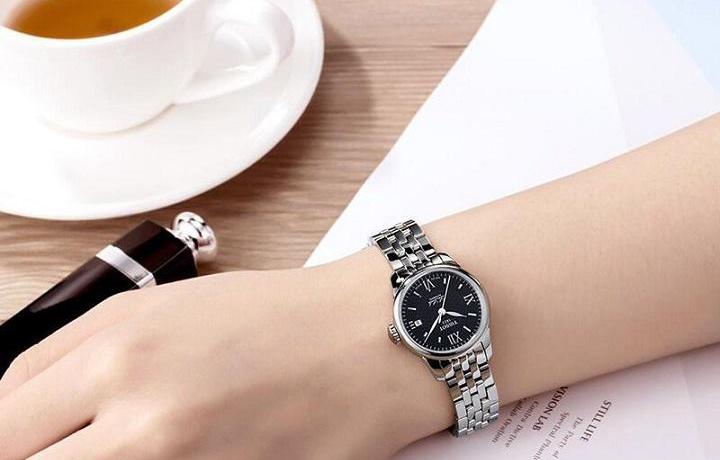 腕表推荐:天梭力洛克系列的腕表究竟如何?